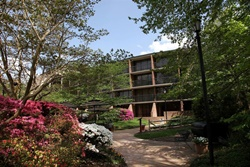 fort magruder hotel pet friendly hotels in williamsburg, dogs allowed hotel in williamsburg virginia